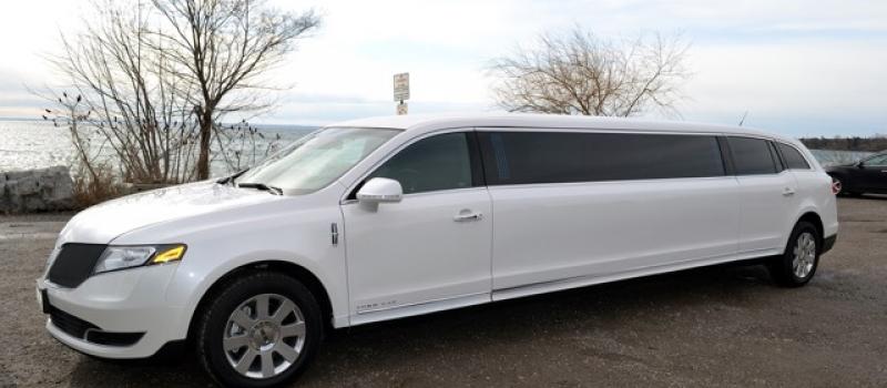 Lincoln MKT 2015